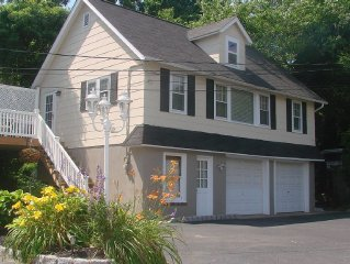 **REASONABLE RATES!!** Quiet, comfortable, clean and modern Carriage House