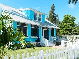 Family Friendly Historic Home with River Views in Heart of Downtown Stuart