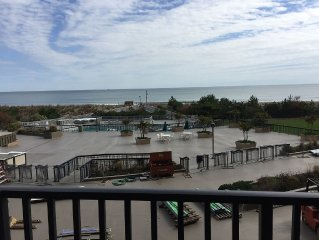 2nd floor beach view and easy walk up access