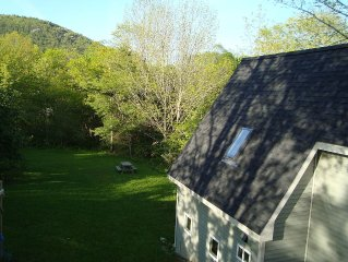 Quiet, Private And Close To Town--with Beautiful Mountain Views