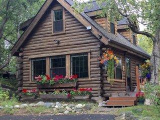 Lakefront & Creekside-Original Homestead Log Cabin-Mtn Views!