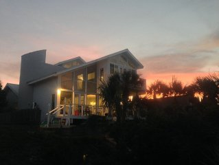 Direct Ocean Front Private Home In New Smyrna Beach Florida, 4+ Bedrooms, Pool