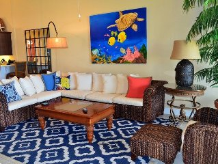 Luxury Bahama Beach Club with Golf Cart Included & Satellite TV