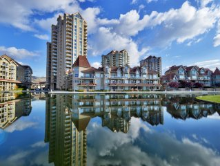 AMAZING Downtown Waterfront with Lake View Beach Access &  Boat Moorage.