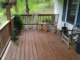 The Perfect , Private Family Get Away close to WIntergreen and beautiful views.