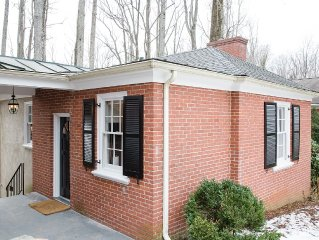 This newly renovated cottage is located in the center of UVA's campus.