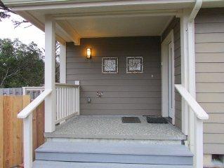 Ocean View, Fire Sprinklers, 3 En Suite Bedrooms, Pet Friendly, Fenced Yard