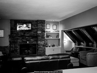 Luxury Hawk Resort Home Minutes Away From Okemo & Killington Resorts