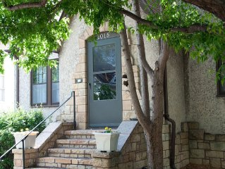 MPLSvr -  Charming 6 Bedroom in Walkable Neighborhood - 3 miles from Downtown!