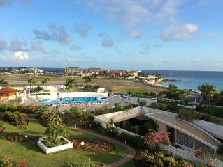 Maho beach View 1 Bedroom Apartment Large Balcony - connected to studio #970244