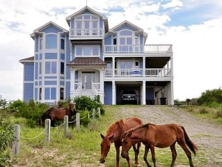 Luxury Oceanfront Paradise! 360 degree views with upscale amenities, sleeps 18!