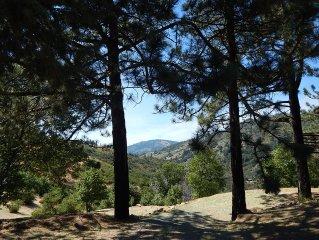 *NEW* VOLCAN PEAK - Panoramic Views + Separate Gu