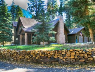 Large Quiet Mountain Home Close to Ouray.
