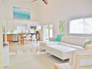 3 Bedrm/3 Bath Modern, Beach House W/ Pool, 2 Min walk to Beach  5 STAR PROPERTY