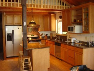 Exceptional Value For A Scenic, Quiet, 3/4 BR, 2 BA, Cabin, In Blue Lake Springs