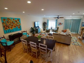 Beach Perfection!  4 bedrooms (2 masters) 100 yards to Ocean. Chairs & Bikes