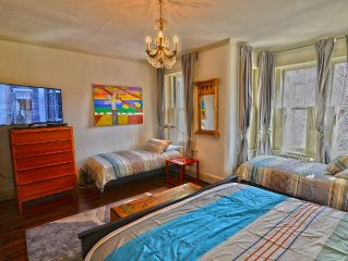 Hot Spot 4 Blocks To US Capitol, Large 3br Sleeps up to 9