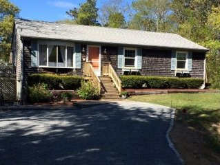 4 BR Family Friendly House 1 Mile From Beaches