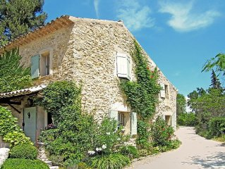 ENTIRE HOUSE - Charm - View - Quick Access to Menerbes - Luberon in Provence