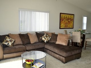 Cozy 3/2 Apartment (sleeps 6) Minutes From Sawgrass Mills Outlet Mall
