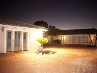 Very Private Gated Villa (2 Master suites) Ocean/Mtn/City Views! Heated Pool&Spa