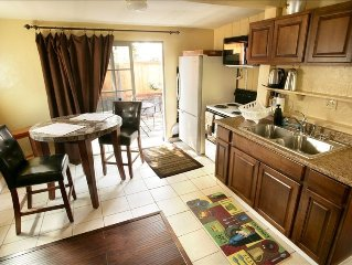 Del Mar Cottage affordable/ great location