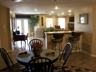 FOUNTAIN HILLS *Deluxe* Lg. 1600 Sq Ft Private Ground Level Vacation  Rental