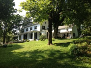 Gorgeous Hudson Valley Spacious 4 Bedroom 1820's Colonial Farmhouse