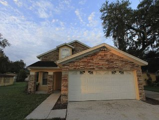 Beautiful Winter Park Home 4BR/2BA Less Than 25MIN To Disney 5MIN To Golf Course