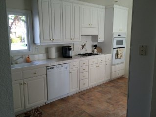 Only 5 blocks to the Beach! BEST rates for Refurbished Beach Beauty!