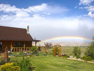 Cozy log house located 60 mile from east entrance of Yellowstone National Park