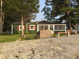 Rustic waterfront cottage located on spectacular private setting, sleeps 6