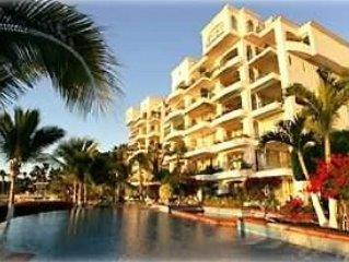 Penthouse Condo on Beach - Sleeps 8!--Internet, vacation rental in La Paz