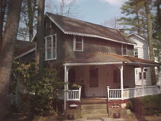 Campmeeting Cottage in Mt. Gretna