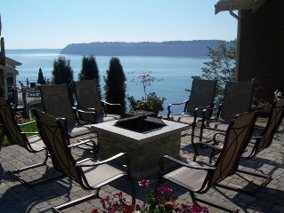 Whale Watch, Large Puget Sound Waterfront Home, Groups Welcome
