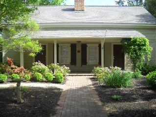 Design Award Winning 1853 Antebellum Home In Heart of Roswell off the Square