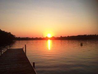 Lakefront Sunset Views House On All Sports Maceday-Lotus Lake
