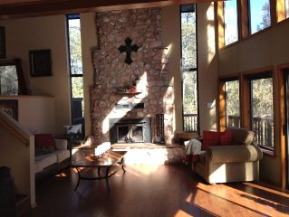 Elegant Mountain Cabin Retreat