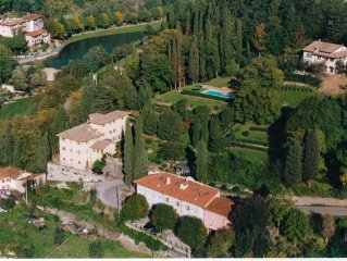 Luxury 18th Century Villa Walking distance to a Pretty Village