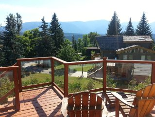 View Walkout Bungalow Vacation Home in Windermere, B.C.