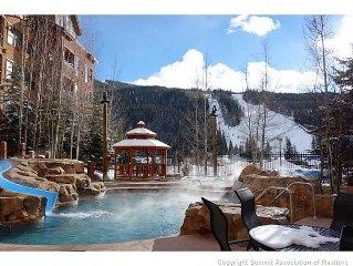 1 Bedroom, 1 Bath Close to Gondola Best Pool - King Bed - Pack n Play, Highchair