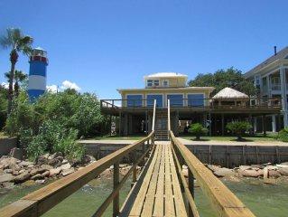 Kemah Boardwalk Pelicans Landing Vacation Rentals - Last Minute Deals !!!