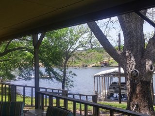 PECAN SHADED WATERFRONT, LARGE BACK DECK, BOAT DOCK