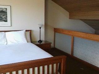 Beautiful 2 Bedroom 2 1/2 Bath Loft Unit 7th Mountain Resort