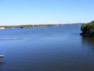 Breathtaking Panoramic View - Top Floor Lands End Condo at Lake of the Ozarks