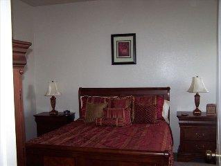 Cute 3 Bedroom Home in Las Cruces, N.M - (Near Hwy 70 & I-25)