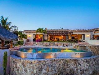 Pamper Yourself in 5 Star Luxury! Stunning Ocean Views, Beach Club, Golf, Pool.