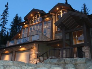 Ski In Luxury Family Chalet with a Spectacular Mountain View