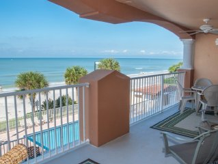 Beachfront Condo at La Contessa!, 3BD/3BA, Poolside Cabana, Private Fishing Pier