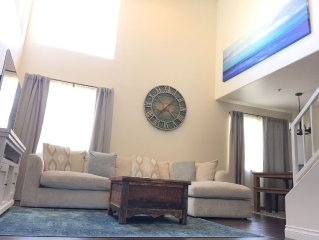 *April Special- Close to BEACH and Promenade! New Remodeled Spacious Lof